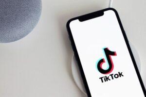 Cómo hackear cuenta de TikTok
